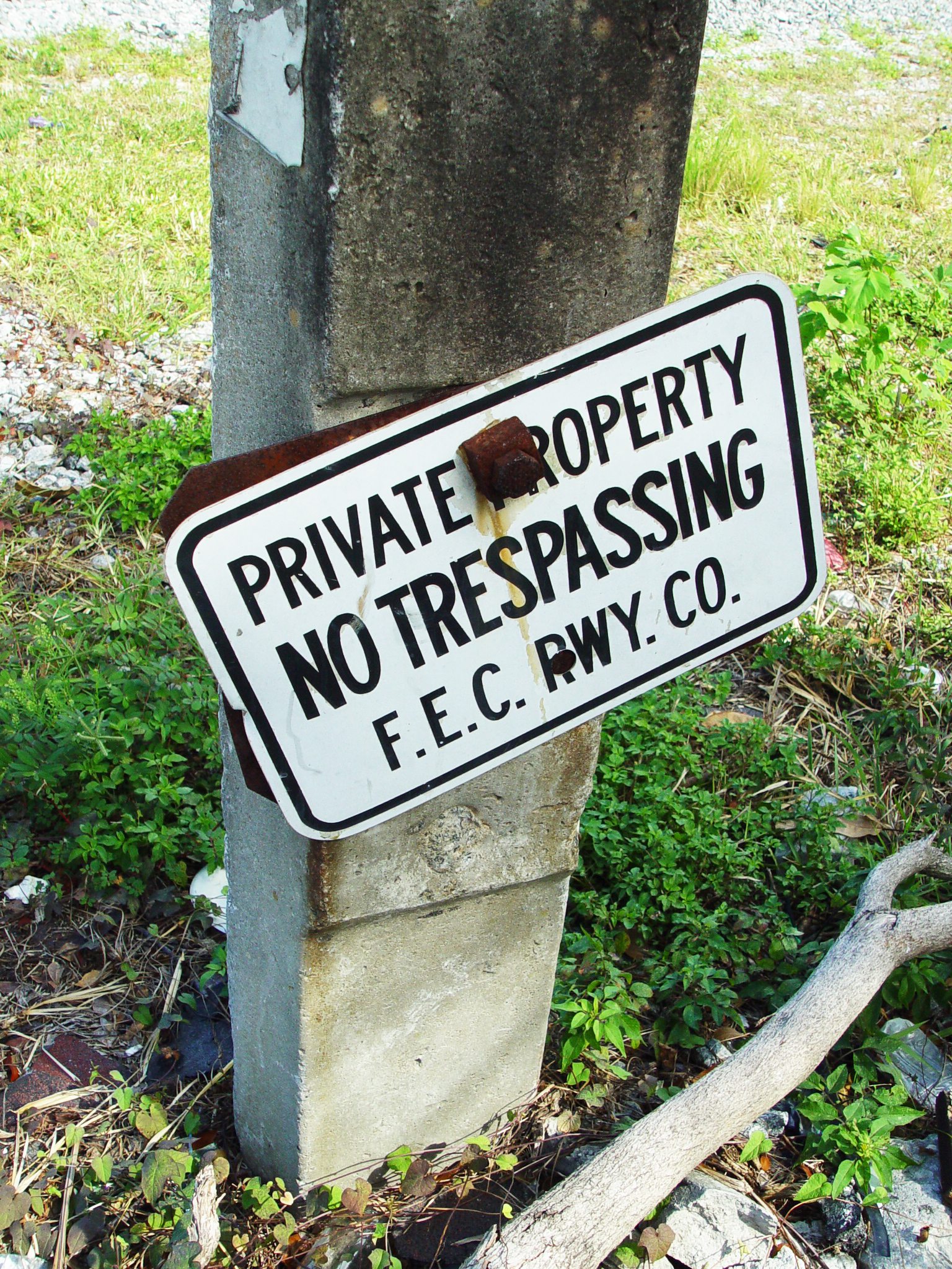 WHAT TO EXPECT FROM PROPERTY MANAGERS